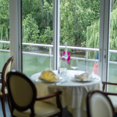 Restaurant_Esturgon_Poissy_002